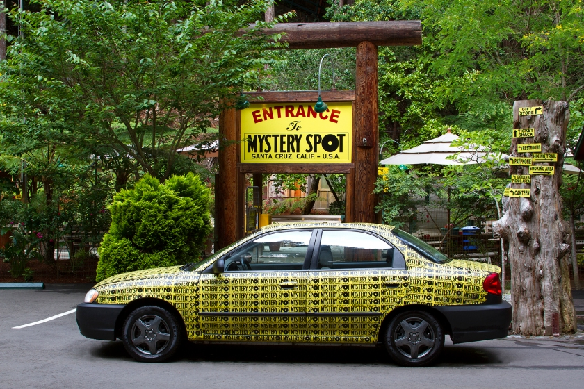Mystery Spot Car & Entrance 4x6 postcard